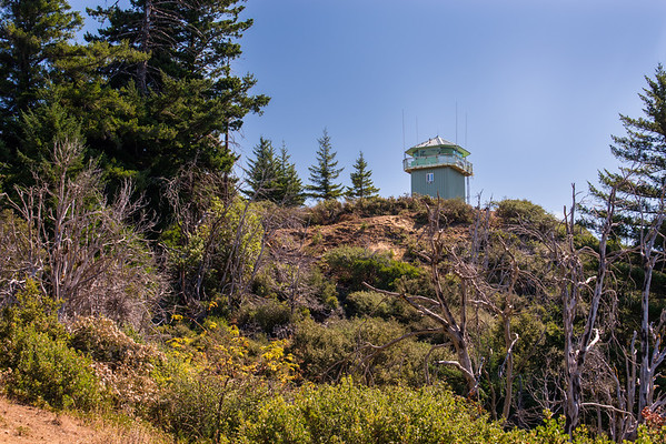 california; california coast ranges; california state parks; humbodt redwoods state park At the summit of Grasshopper Peak stands the Grasshopper Fire Lookout. It is still active.