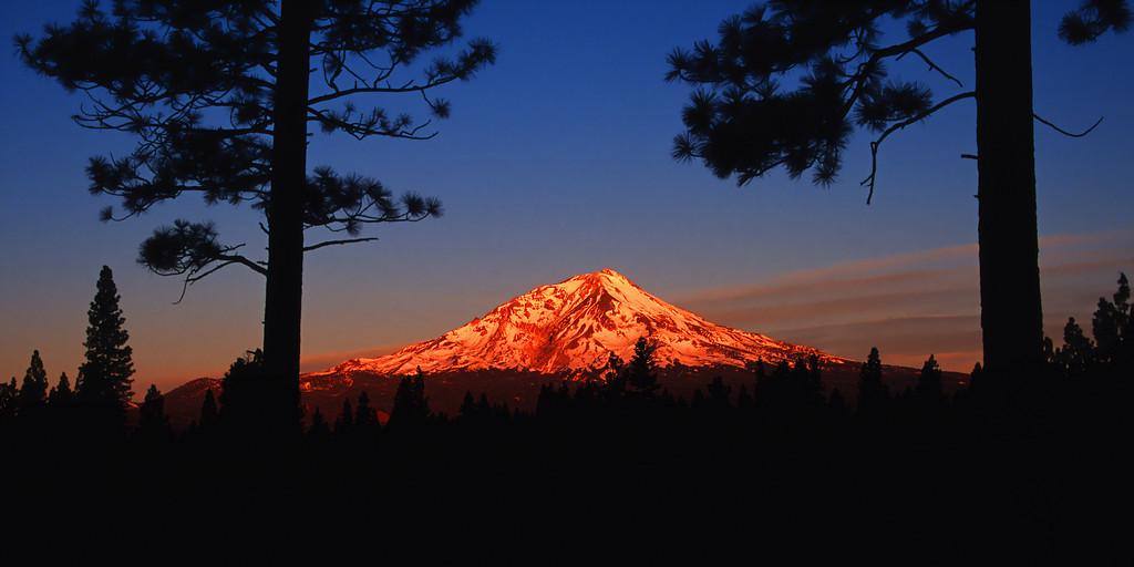 Sunrise, Mount Shasta Siskiyou County California