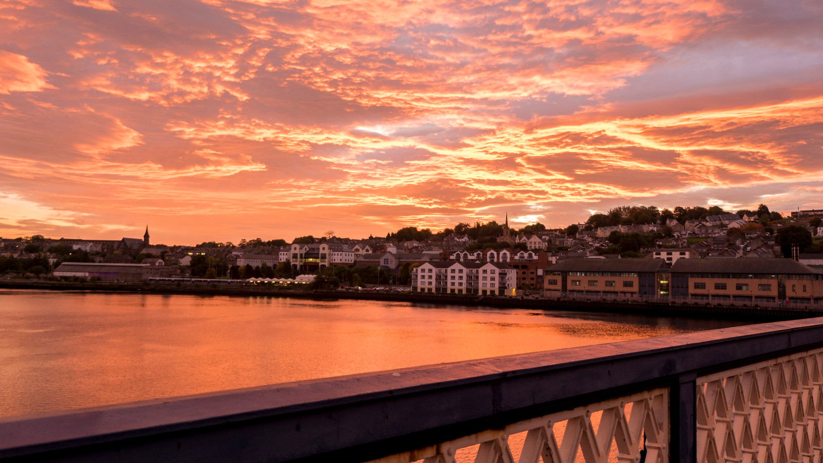Where to Stay in Derry: Bridge B&B Derry