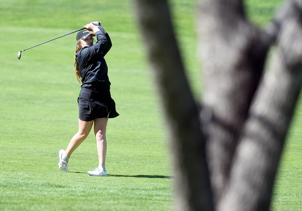 . Niwot High School\'s Julia Solem chips on to the green during the first-round of the Northern League Golf Tournament on Wednesday at the Indian Peaks Golf Course in Lafayette. More photos: www.BoCoPreps.com Jeremy Papasso/ Staff Photographer/ April 19, 2017