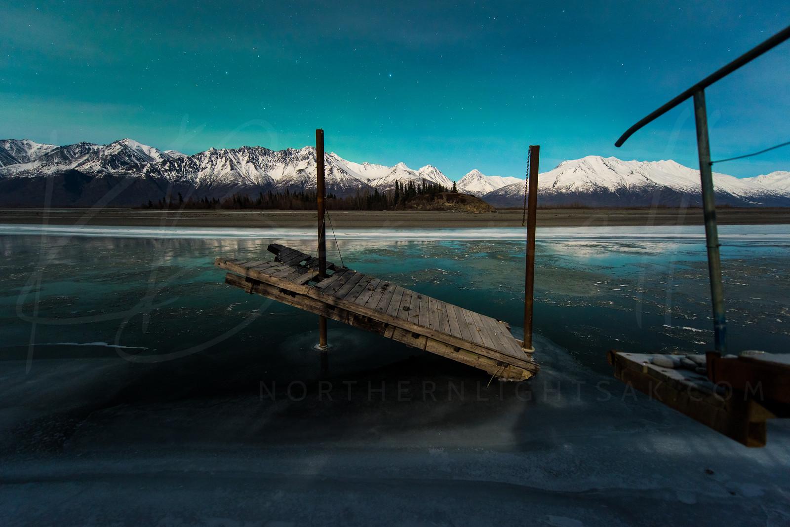 #Dock with faint Aurora - P/@kbdesignphoto