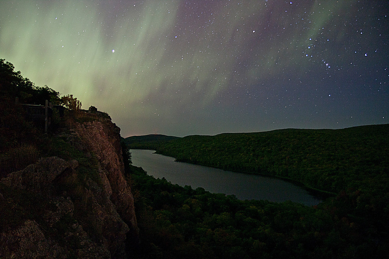 Lake of the Clouds Aurora