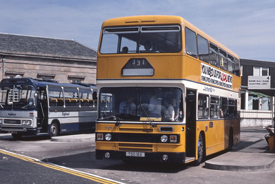 Northern NLO16 Inverness Bus Station Aug 83