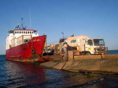 Unloading the Perkins barge at Elcho Island in May 2008