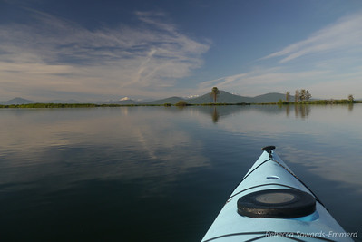 The next morning we did a paddle before the winds kicked up. In the distance is mount lassen.