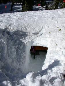 Snowcave entrance