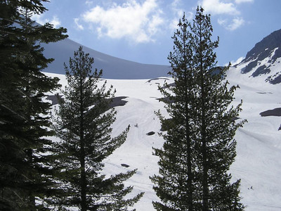 Saddle between lassen peak and crescent crater