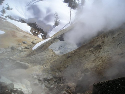 Sulphur works mud pots