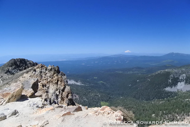 Mt Shasta from the Brokeoff Summit
