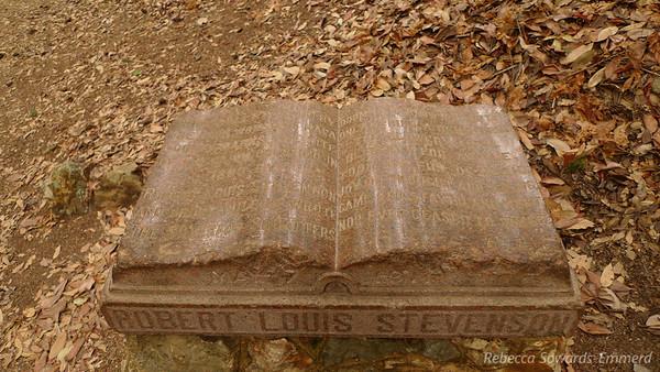 A Robert Louis Stevenson memorial plaque