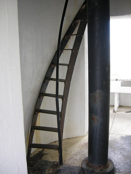 Winding stairs to second level