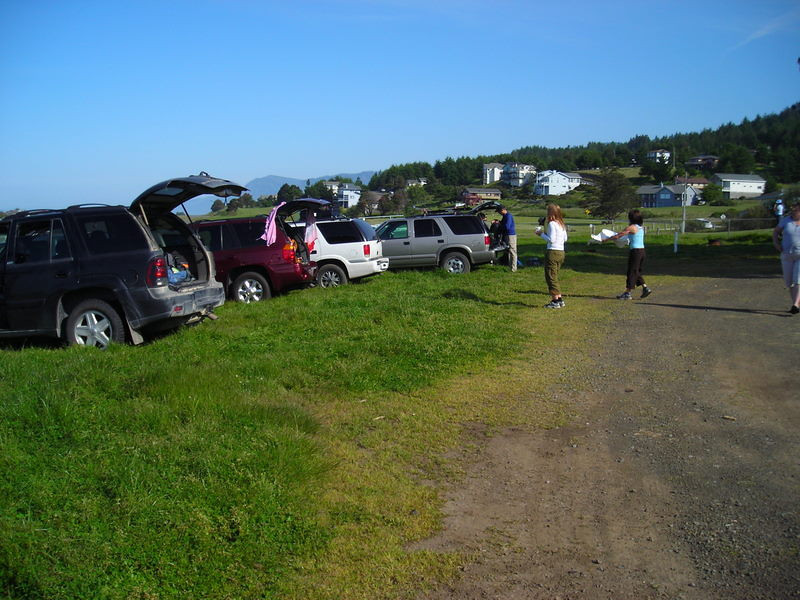 The Northern California hiker haulers.<br /> <br /> Frank, Marcy, Pavla, and Peter all arrived before 9:30