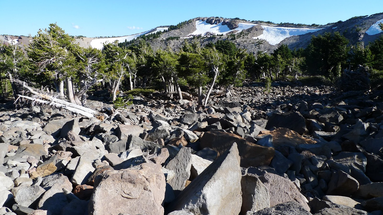 I encountered some more talus on my shortcut route but it saved me a ton of time. I left the Crater summit at 5pm on the nose, my turnaround time (2 hours after leaving camp). It cut a lot of time off - I got back to camp at 5:50.