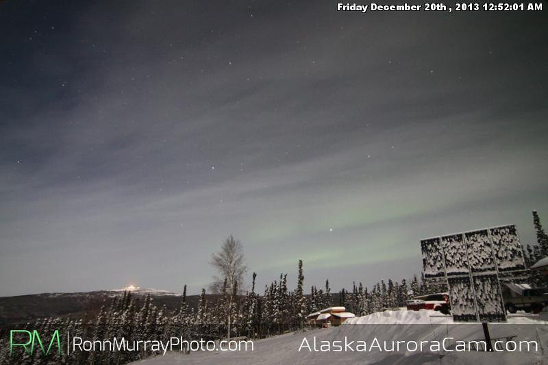 Competing Light - Dec 20th, Alaska Aurora Cam