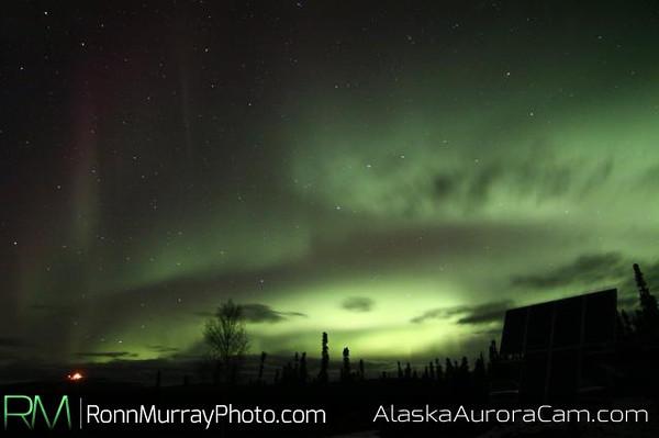 A nice weekend show - October 12th, Alaska Aurora Webcam