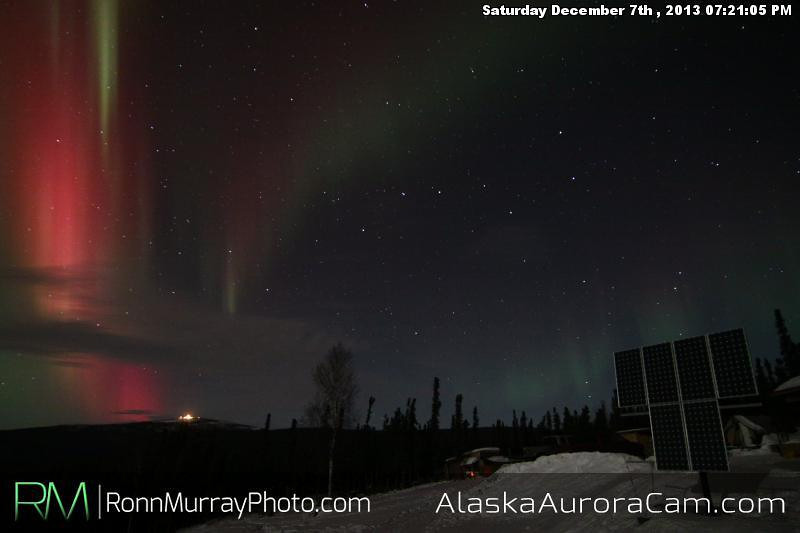 Red Velvet - Dec 8th, Alaska Aurora Cam