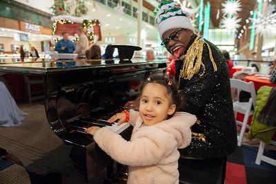 HTA VIP @ Nothlake Mall 12-12-18 by Jon Strayhorn