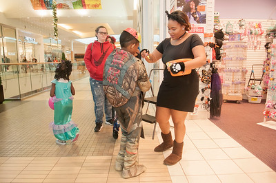 Mall-O-Ween @ Northake Mall 10-31-17 by Jon Strayhorn