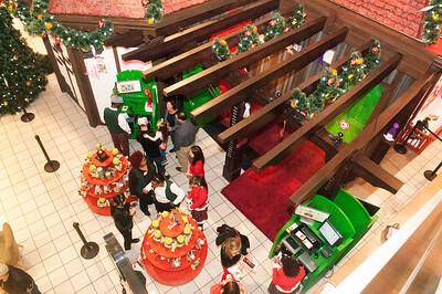 VIP 1st Look @ Ultimate Santa Adventure @ Northlake Mall 11-5-15