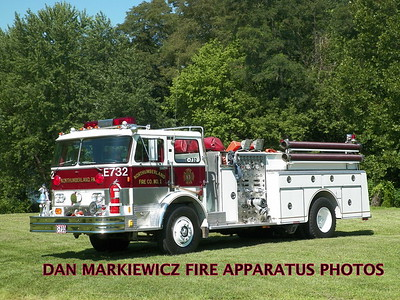 NORTHUMBERLAND FIRE DEPT. ENGINE 732 1982 HAHN PUMPER