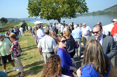 Hundreds of people gathered at the Sunbury river front on Thursday morning for the ribbon cutting ceremony of the new river front project.