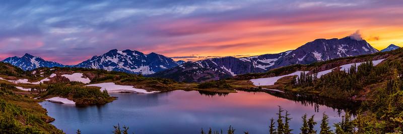 Sunset Pano on Trapline Mountain.