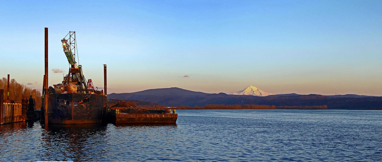 Mt Hood from the Washington State side of the Columbia River - Feb 2010