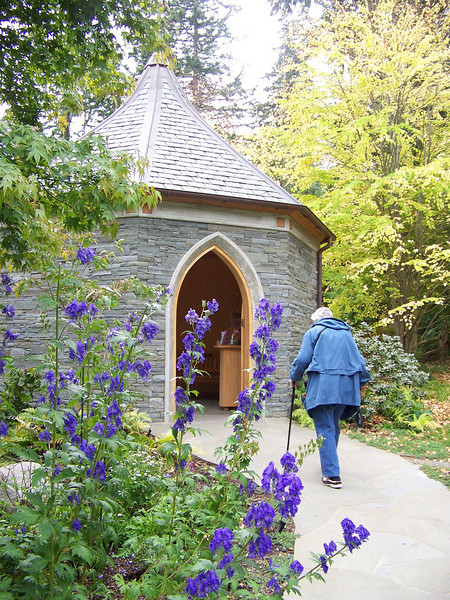Mom heads back to the entry building at the gardens.<br /> [Whidbey Island - Meerkerk Rhododendron Gardens]