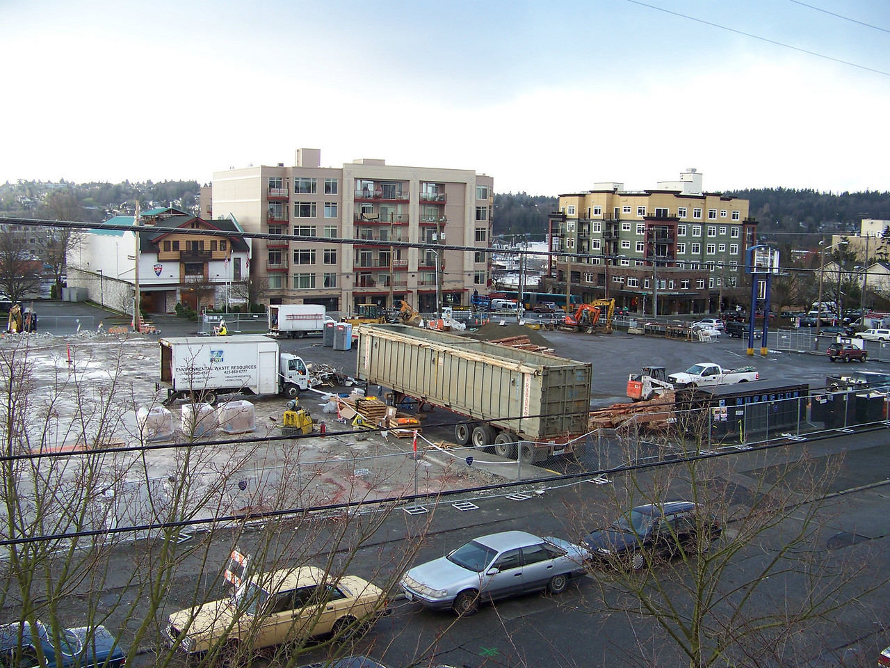 January 11, 2008.  With the old Ballard QFC building demolished, isn't that a nice, opened-up view?  I can't believe it's going to be filled by a seven-story building!!!