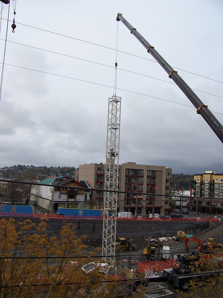 "I just happened to be at home on the day they assembled the rest of the big construction crane.  It was absolutely fascinating to watch this process throughout the day!<br /> April 4, 2008.  Ballard's ""On the Park"" apartment bulding."