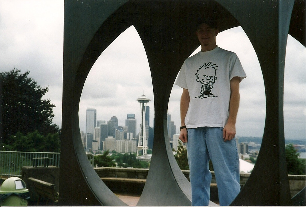 Back in Seattle, Josh poses inside the sculpture at Kerry Park on Queen Anne hill.  This is the same view of the city that Frasier had out his living room window (though, of course, his living room was on a soundstage in Hollywood!)