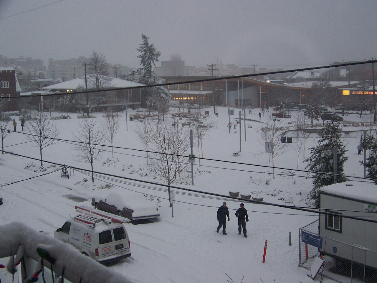 December 21, 2008.  The following afternoon, and it's still coming down!