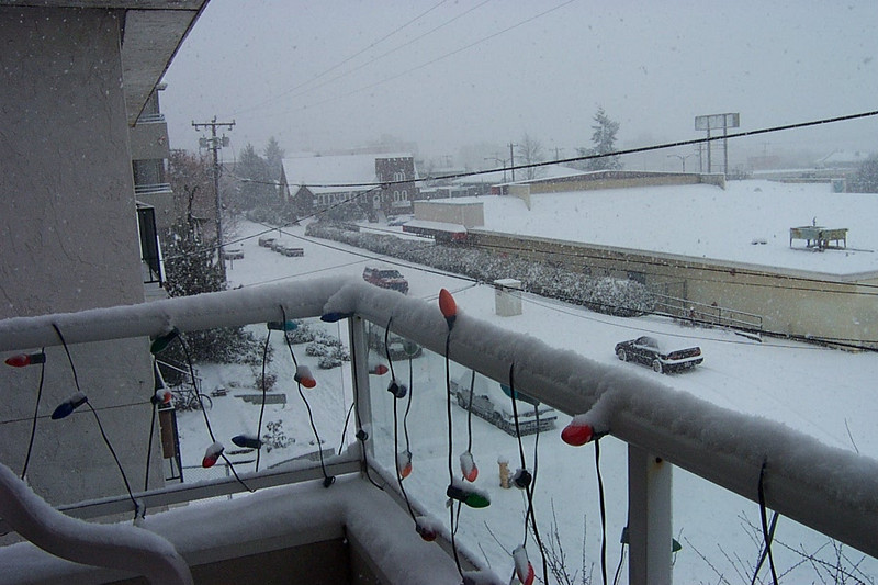 Why, it's snow and it's still coming down!  This was January 6, 2004.  This is looking toward the old Safeway building.
