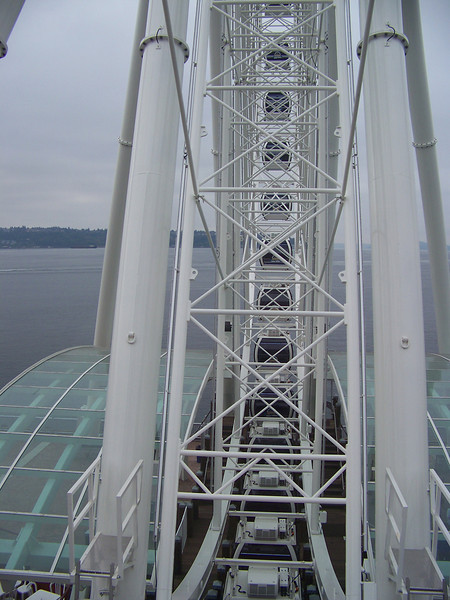Looking through the structure of the Seattle Great Wheel.