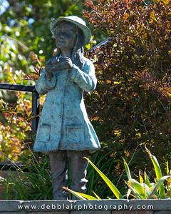 statue at Malheur