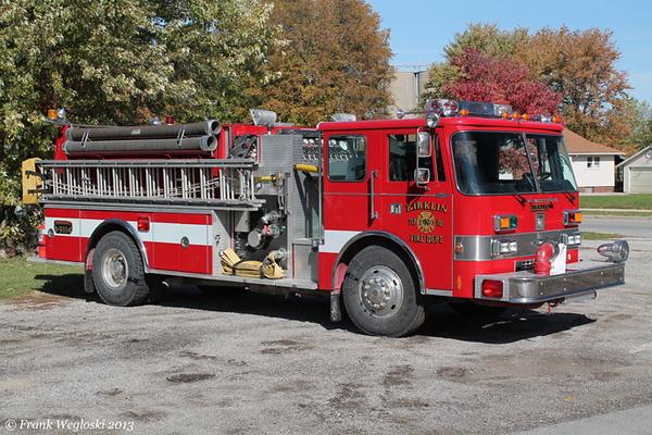 Engine 61 - 1987 Pierce Dash Pumper (E-3937) – 1250gpm/1000gal