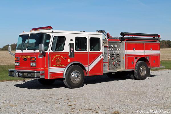Rescue 11 - 1992 E-One Cyclone (#9955)/1977 E-One (#440) Pumper – 1500gpm/500gal