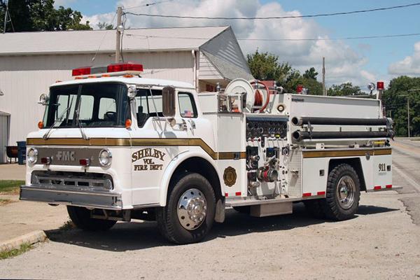 Engine 21 - 1984 Ford/FMC Roughneck Pumper - 1000gpm/1000gal