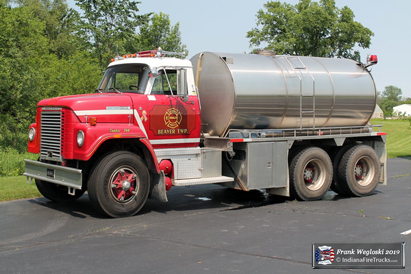 Former Tanker 766 - 1976 IHC Fleetstar/1977 Howe (#15062A)/2000 Precision Tank & Equipment - 2600 gallon