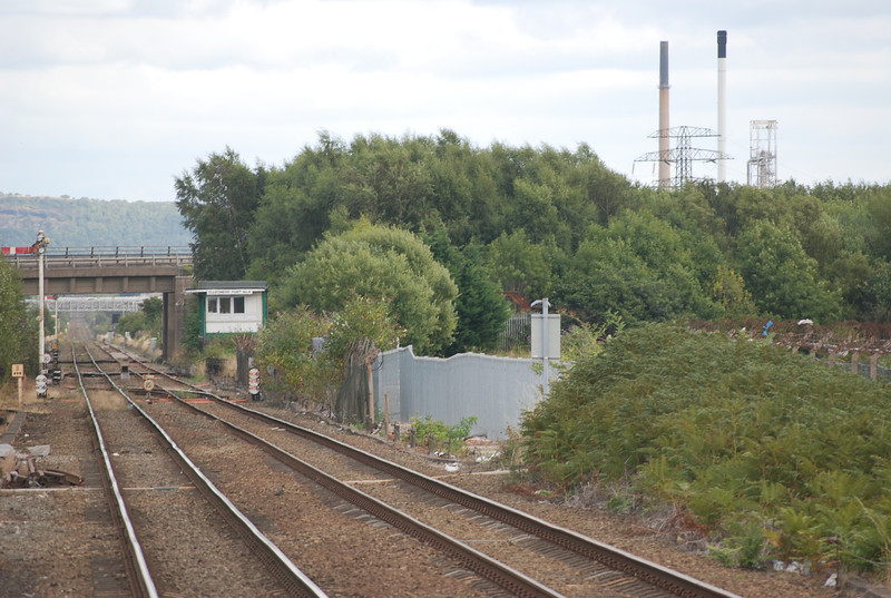 close up shot of the line looking <br /> <br /> Towards Stanlow and Helsby