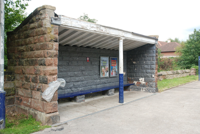 Both platforms have waiting shelters the one on the Helsby bound line <br /> <br /> has a wooden bench to sit on