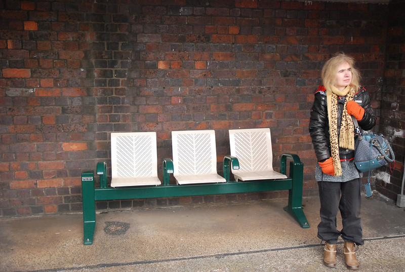 Liz contemplates the Lack of a Phone / anyway of finding out <br /> <br /> Live Train info at Stanlow while we wait for the 15.34 Ellesmere Port - <br /> <br /> Helsby move