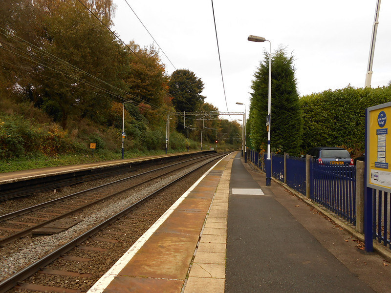 Pic by Liz <br /> <br /> Shot showing the Crewe bound platform looking towards Manchester