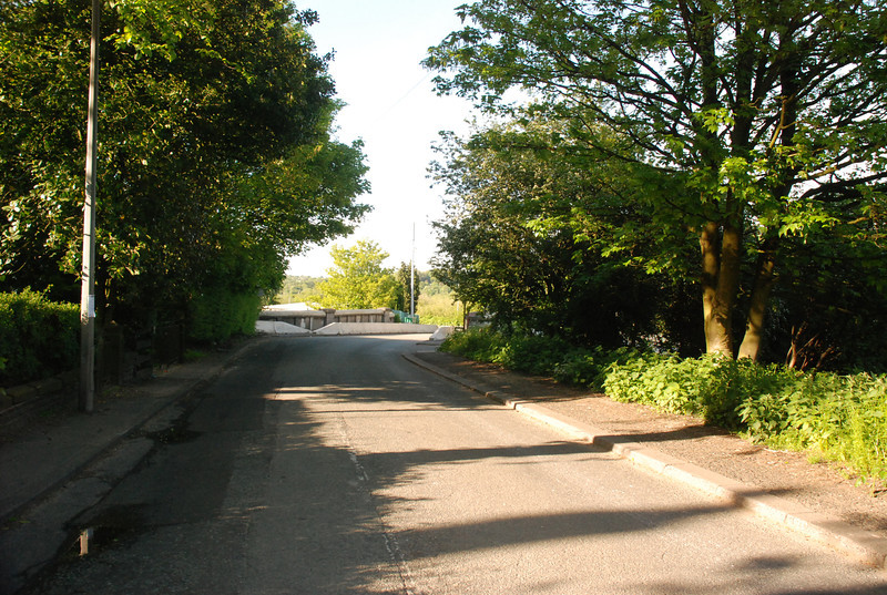 Shot from middle of the road showing what you see as you approach Clifton from the Swinton direction if you on foot