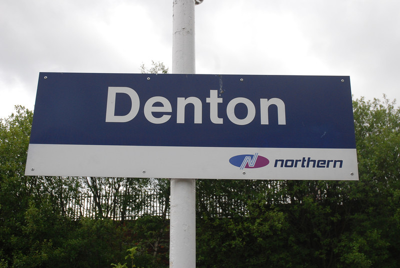 The next station up the line is Denton which on my first visit here in <br /> <br /> 2006 i got well lost trying to find the entrance!!  Along with the old <br /> <br /> style BR sign on the entrance road to the station the Platforms have <br /> <br /> the new style Northern Signs