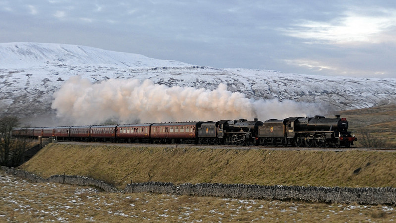 44871 & 45407 The Lancashire Fusilier, 1Z68, Ribblehead, Sat 28 January 2012 - 1626 2.  The 12 coaches were 35517, 99127, 99125, 99712, 3093, 99121, 99350, 99352, 99311, 4905, 4951 & 9392.