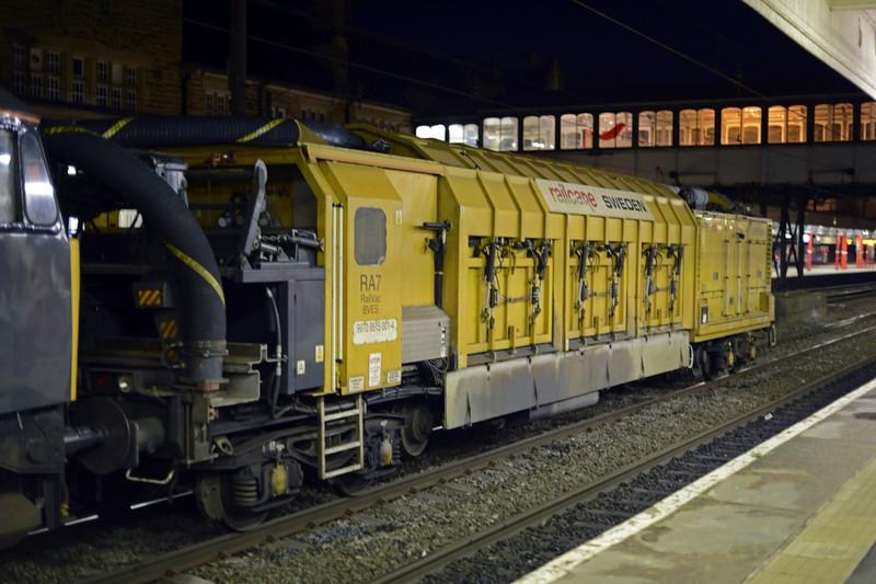 Disab Railvac 99 70 9515 001-4, Lancaster, Thurs 2 January 2013 1.  Here are three views of the Swedish Railvac.  It was returning from a job near Edinburgh Waverley.