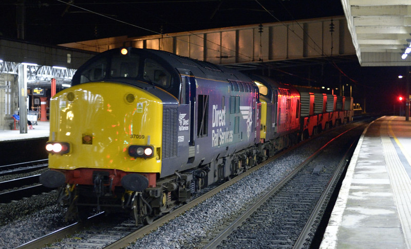 37059 & 37612, 6K73, Lancaster, Tues 6 January 2015 - 1913.  DRS's 1718 Sellafield - Crewe flasks.