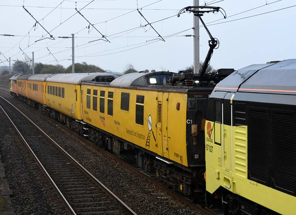 67027 & 67023, 1Q26, Hest Bank, Tues 28 March 2017 - 0856 2.  The consist was Mentor overhead line inspection coach 975091, plain line pattern recognition coach 72631, radio survey coach 977997 & staff coach 9481.