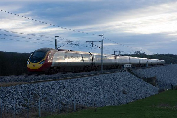390156 Stockport 170, 9S65, Carnforth, Sat 14 January 2017 - 1514.  Virgin's 1143 Euston - Birmingham - Glasgow.